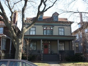 The Patrick H. McNulty House by Holabird and Roche - 1898.  Image source: http://www.chicagovelo.com/edgewater5.html