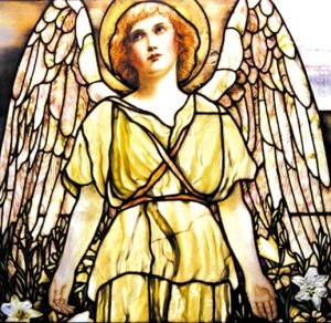 Although this angel by Tiffany looks a tish bit petulant, shes a good example of the way that different glass treatments effected different textures when it came to Fabrile.