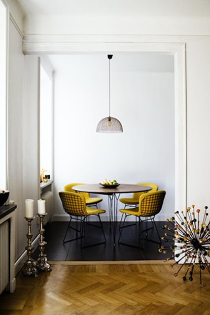 yellow-wire-dining-chairs